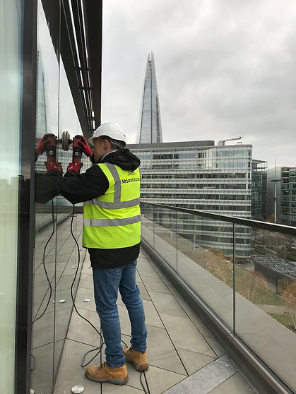 scratch removal to glass, london