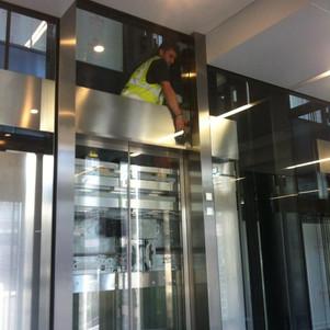 Glass and metal polishing to Lobby lift