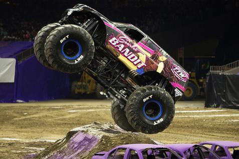 monster-trucks-1a.jpg