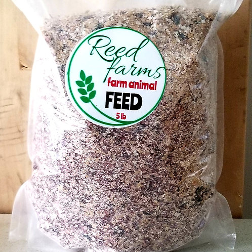 1 case (8 bags) FEED for Farm Animals like chickens, goats etc. Organic non gmo