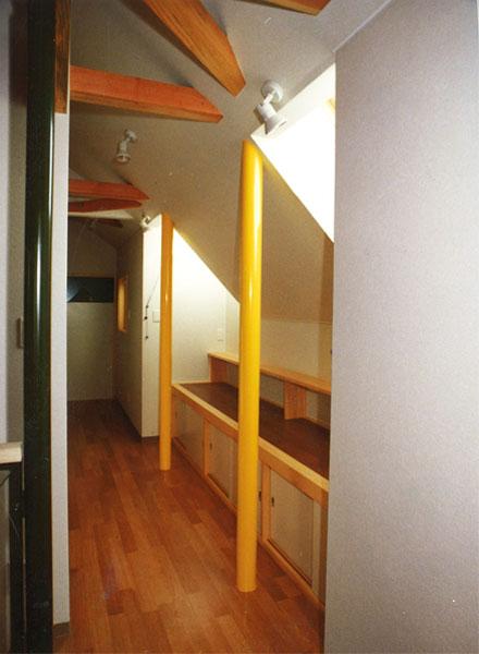 2階廊下。
