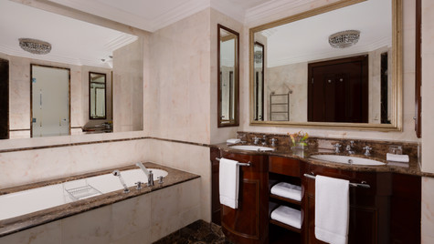 RC_MOWRZ_Standart_Bathroom.jpg