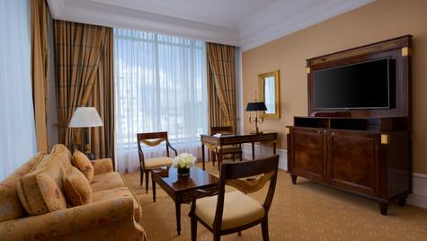 RC_MOWRZ_Tverskaya_Suite_Living_Room.jpg