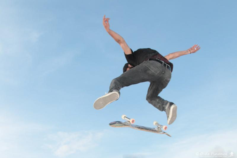 skate-crest-1038