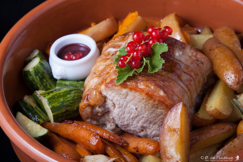 Rôti de porc aux légumes de saison