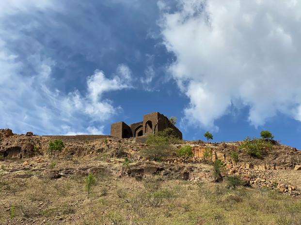 Fort Manjarsumba, Ahmednagar