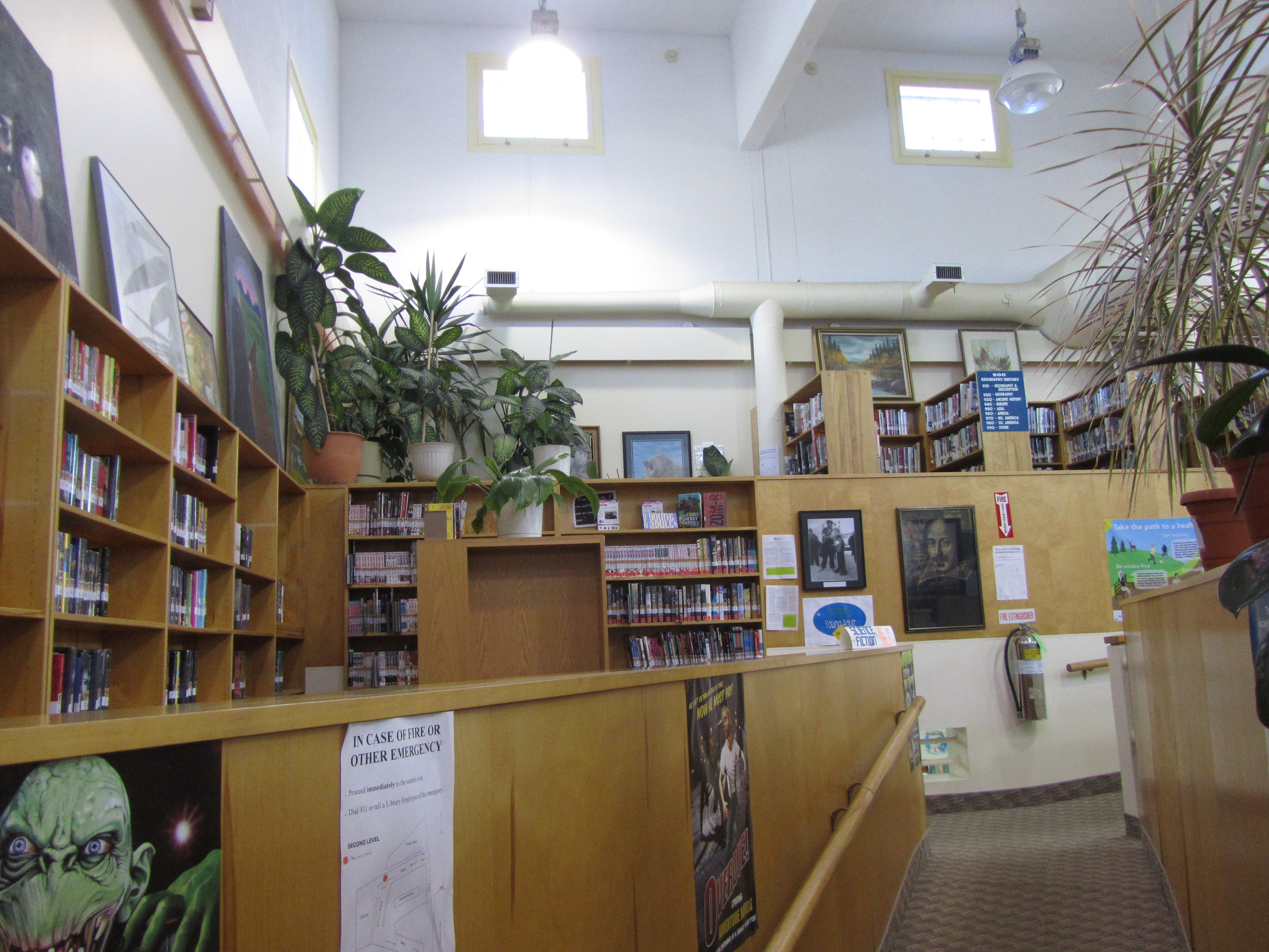 2013 09 16 The Pas Regional Library 002