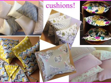 So many cushions!