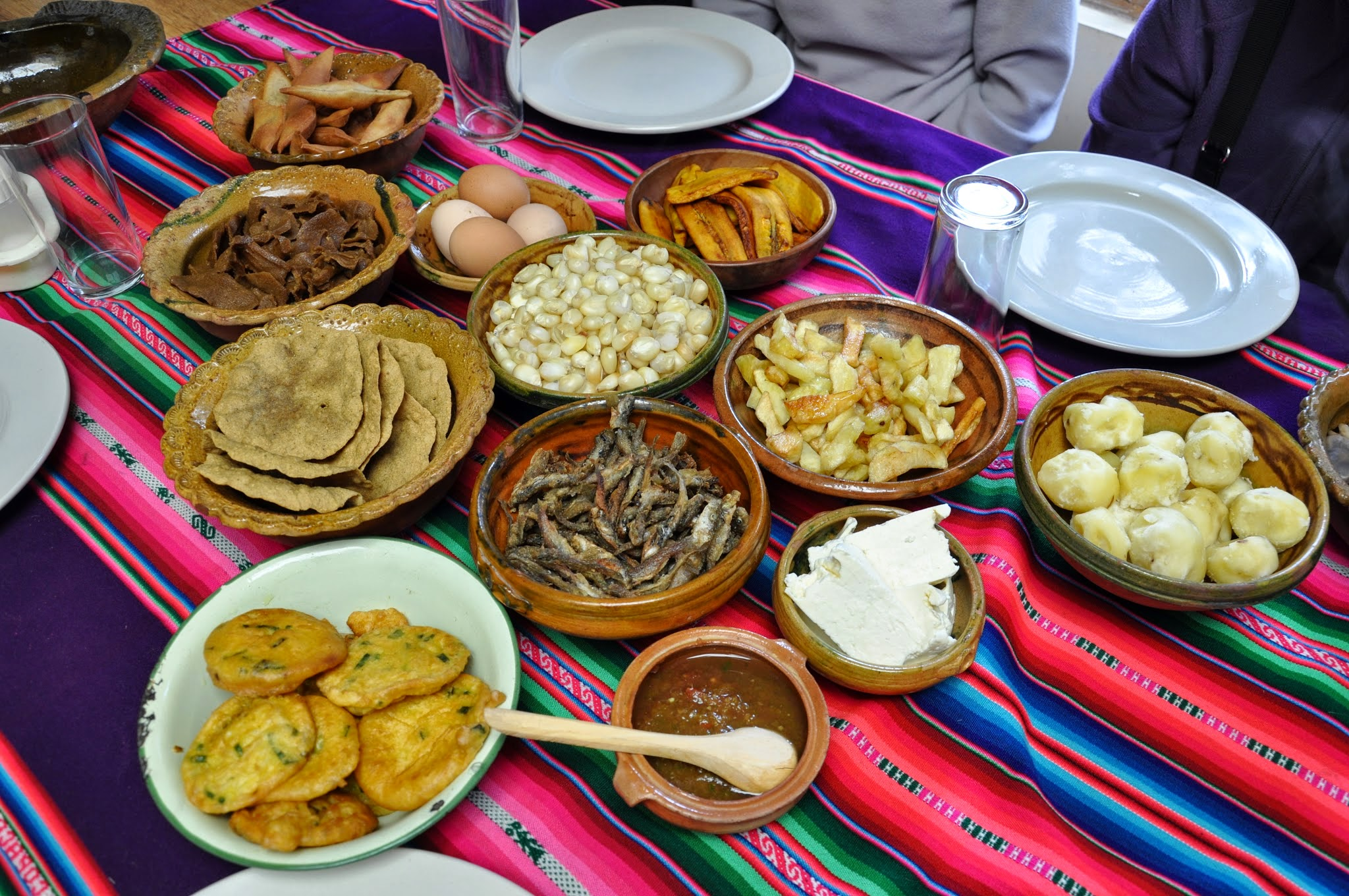 A Traditional Apthapi Lunch