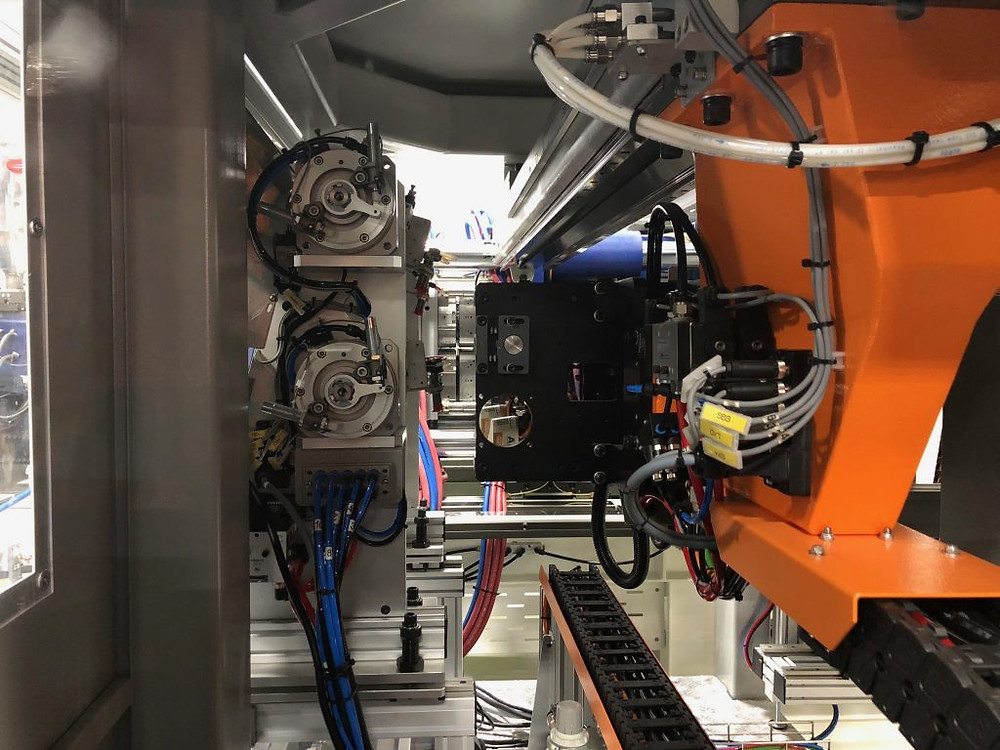 The food packaging machine cell configured with a Venus VEII/p all-electric, high-speed injection molding machine, was the largest machine display ever at Expoplast.