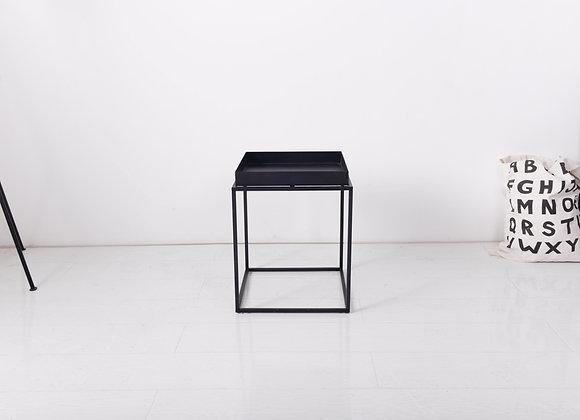 שולחן קפה מרובע גבוהה