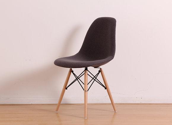 כיסא מרופד דגם לירון