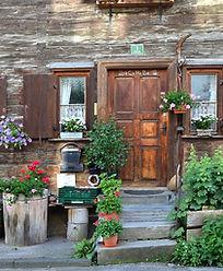 farmhouse-1504163_960_720.jpg