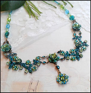 vintage teal costume jewellery | jewellery making course | Kelly Potts Martinez | Jewellery making holiday Spain