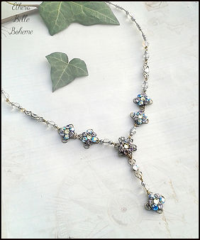 winter wedding necklace | art and craft holidays Spain