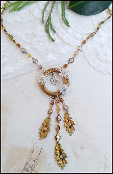 Bohemian necklace | boho costume jewellery | jewellery making holiday in Spain