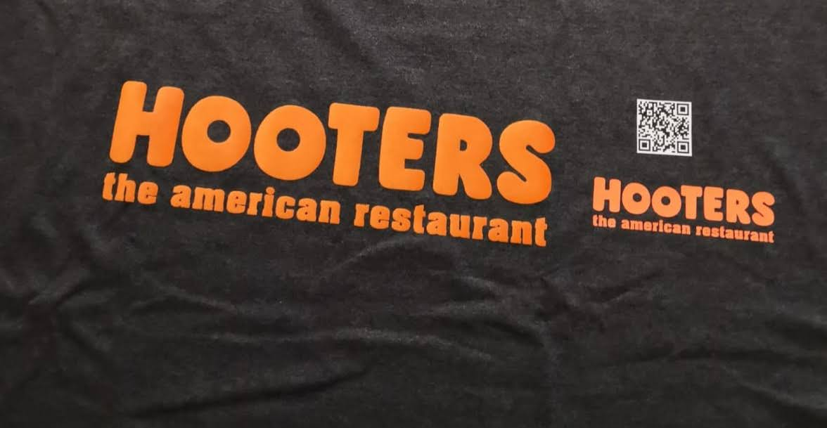 Hooters Shirt Flock