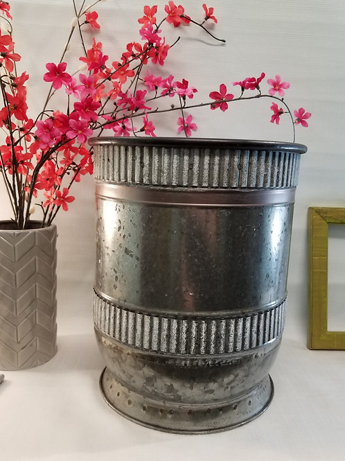 Medium Galvanized Planter