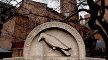 Las dos tumbas de Edgar Allan Poe