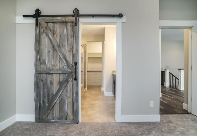 Master Entrance to bathroom/closet