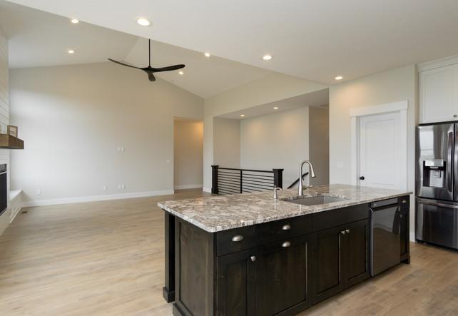 Kitchen/Main Living Area