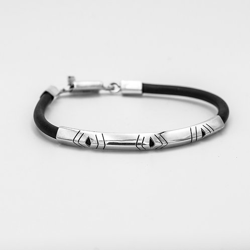 RUBBER AND SILVER BRACELET