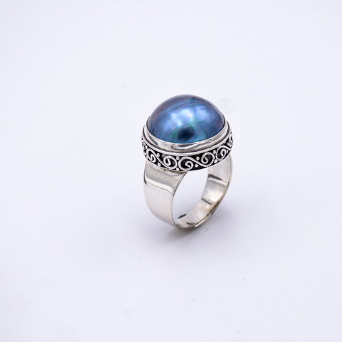 MABE PEARL RING