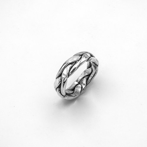 PLAITED SILVER RING