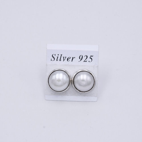 MARBE PEARL STUDS
