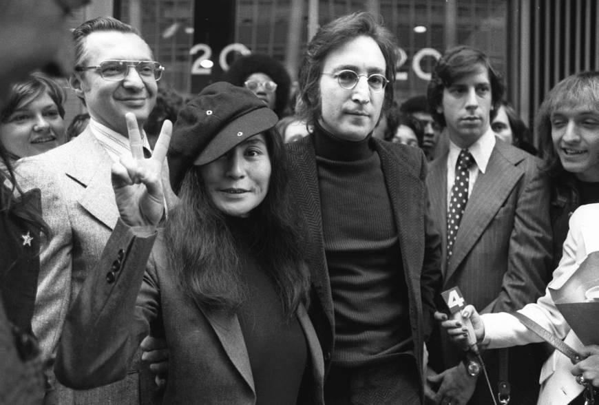 John Lennon & Yoko Ono with lawyer Leaon Wiles (left).