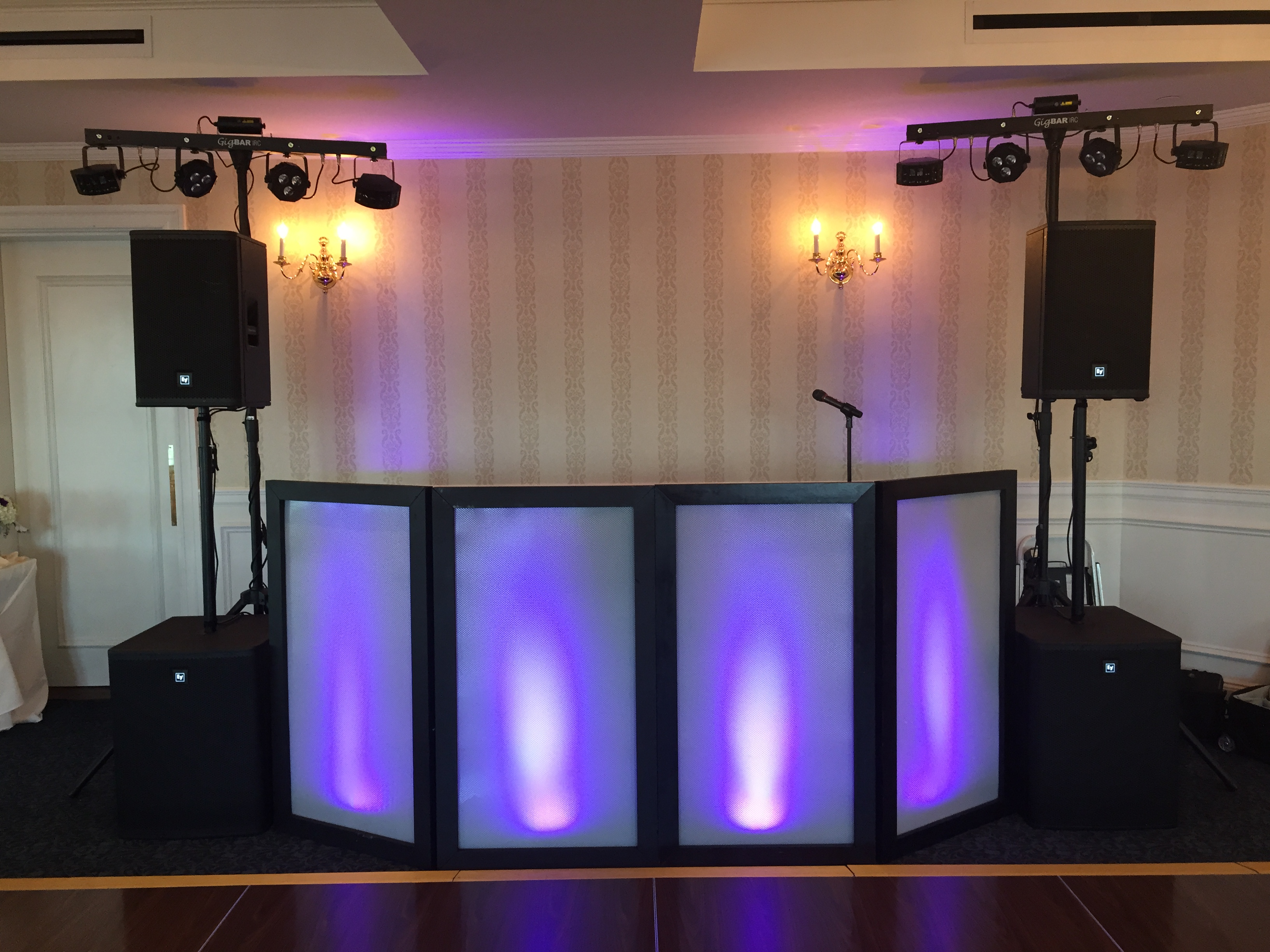 Main DJ System with Basic Lighting