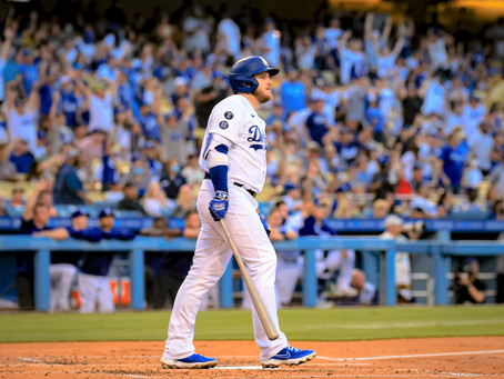 The Dodgers get rock by the Giants 7-2 in Series Opener