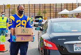 9-9-20 LA Rams-LA Regional Food Bank Food Giveaway Gallery