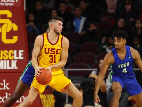 USC Beats Florida Gulf 71-58 Despite Sluggish Performance