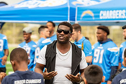 9-10-19 LA Chargers NFL Play 60 Character Camp Gallery