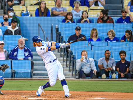 Texas routs the Dodgers 12-1 to snap a 16-game road losing streak