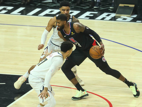 Clippers Rout Nuggets 132-103 At The Staple Center
