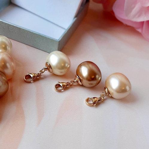 Elegance  Muschelkern Perlen Anhänger