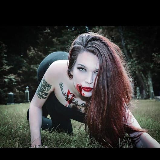 _t0xic_sm00ch #happyhalloween #vampirema