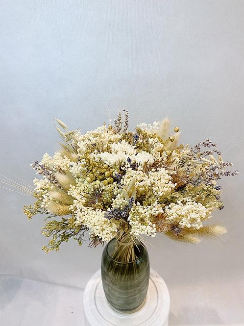 Bouquet de fleur séchée blanche