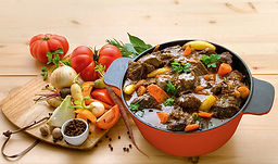 daube provencale, fabriqués artisanalement, longuement mijotés, spécialité provencale, gastronomie provencale, Comptoir des Salaisons, Provence Charcuterie