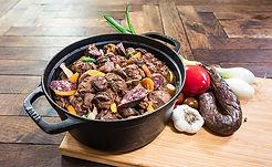 noix de joue de porc au figatelli , fabriqués artisanalement, longuement mijotés, spécialité provencale, gastronomie provencale, Comptoir des Salaisons, Provence Charcuterie