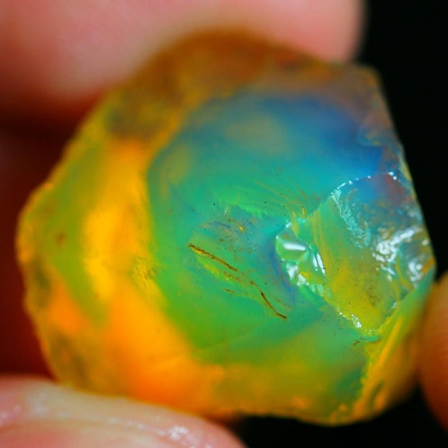 29 ct Natural BEAUTIFUL Ethiopian Welo Crystal Opal Specimen Rough