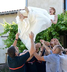 Mariage été - Lancé de la mariée.jpg