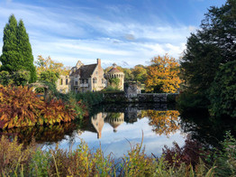 UK: 5 Reasons Why I Love... Scotney Castle