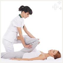 massage-yoga-thailandais-.jpg