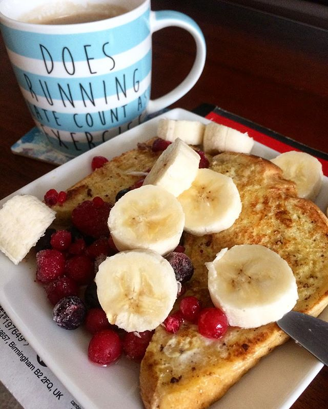 Lean in 15 French Toast with berries banana and maple syrup...jpg