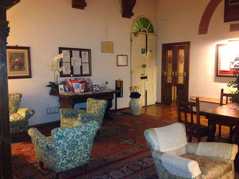 Hotel Morandi alla Crocetta reception area. Photo by Diana Dinverno