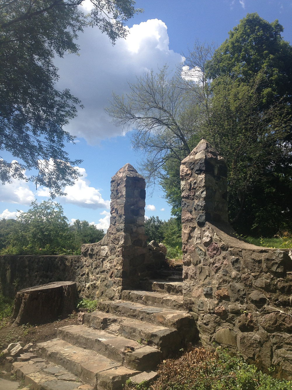 Stone ruin at Stony Creek Metropark in Michigan. Photo by Diana Dinverno