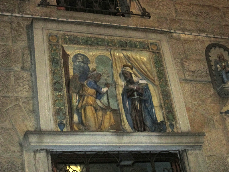 Annunciation in Florence in the Oltrarno. Photo by Diana Dinverno